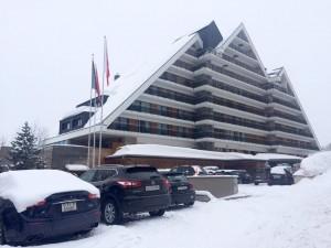 Crans Amabassador 5 etoiles plus bel hotel suisse station