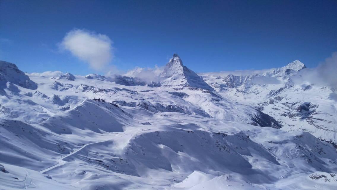 Zermatt le paradis du ski d couvrir le temps d 39 un week end for Piscine zermatt