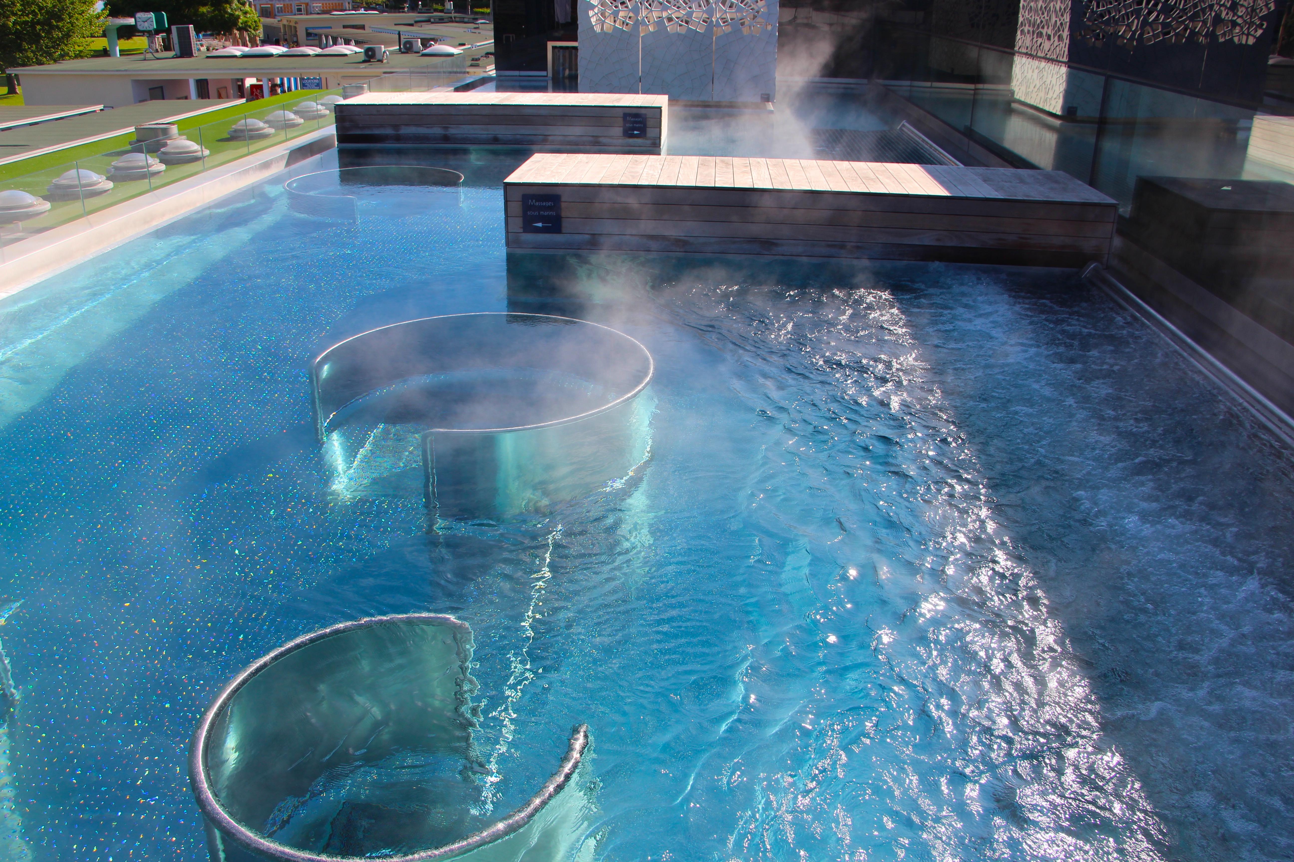 bain bleu exp rience sensorielle gen ve la fille l 39 envers. Black Bedroom Furniture Sets. Home Design Ideas