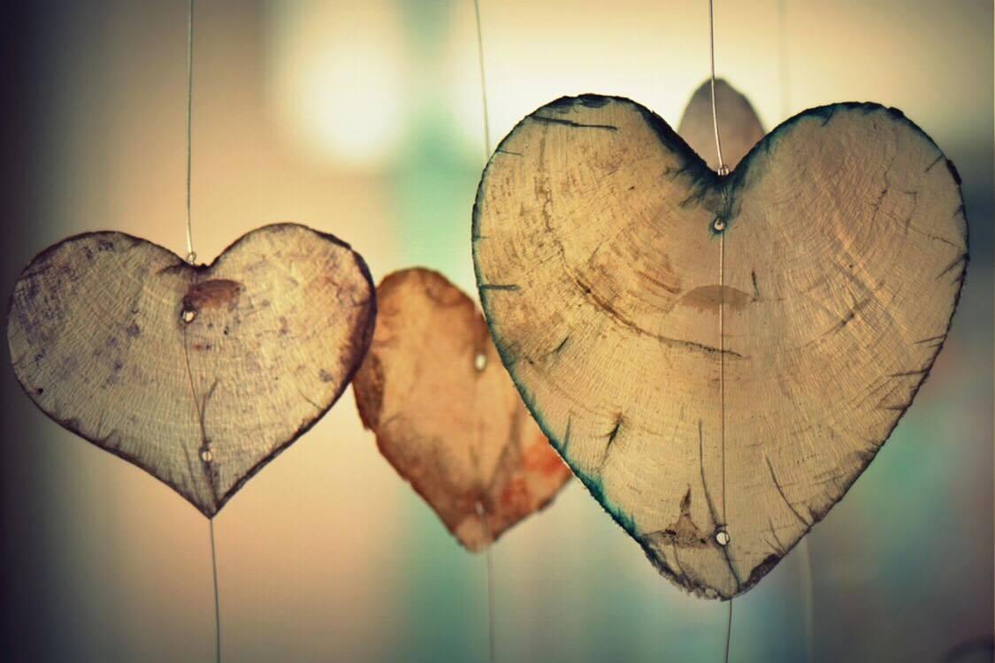 Le 14 Février, la Saint Valentin, une journée sous le signe de l Amour, des  coeurs, et puis tout ça… La Fille à l envers aime la Saint Valentin. 4619c88d950