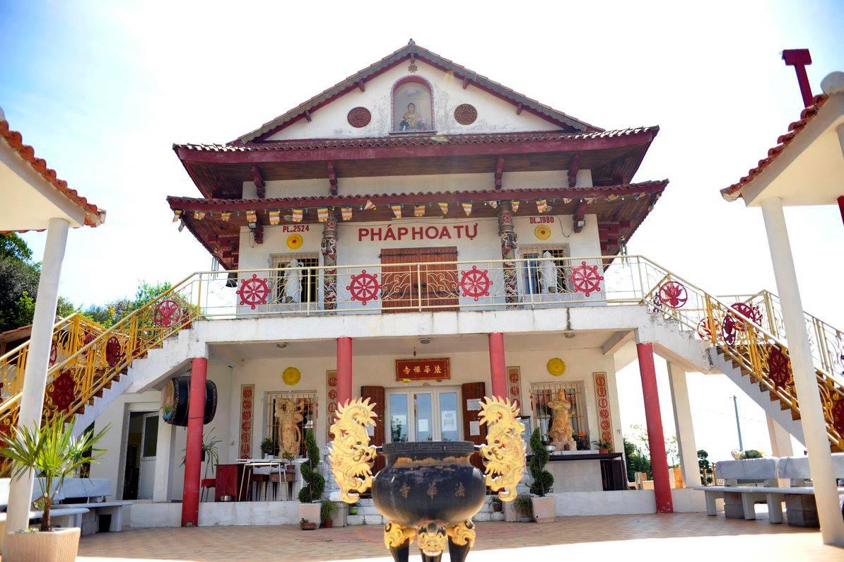 temple pagode marseille yoga