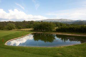 golf d ela sainte baume et village createurs