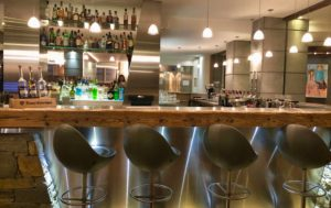 bar hotel au coeur du village la clusaz