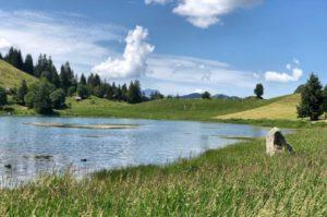 la clusaz lac des confins